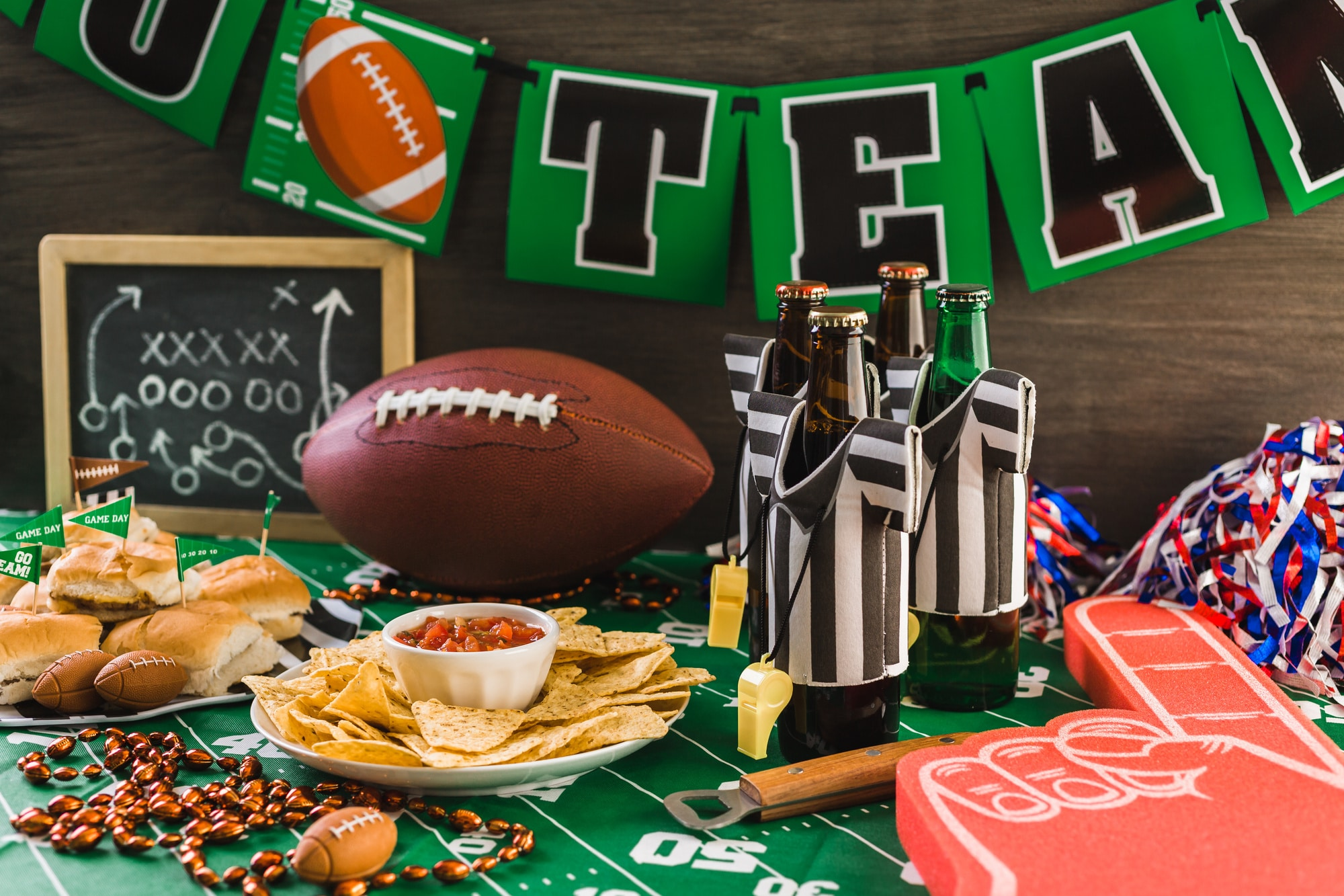 5 Catering Tips for Your Super Bowl Party